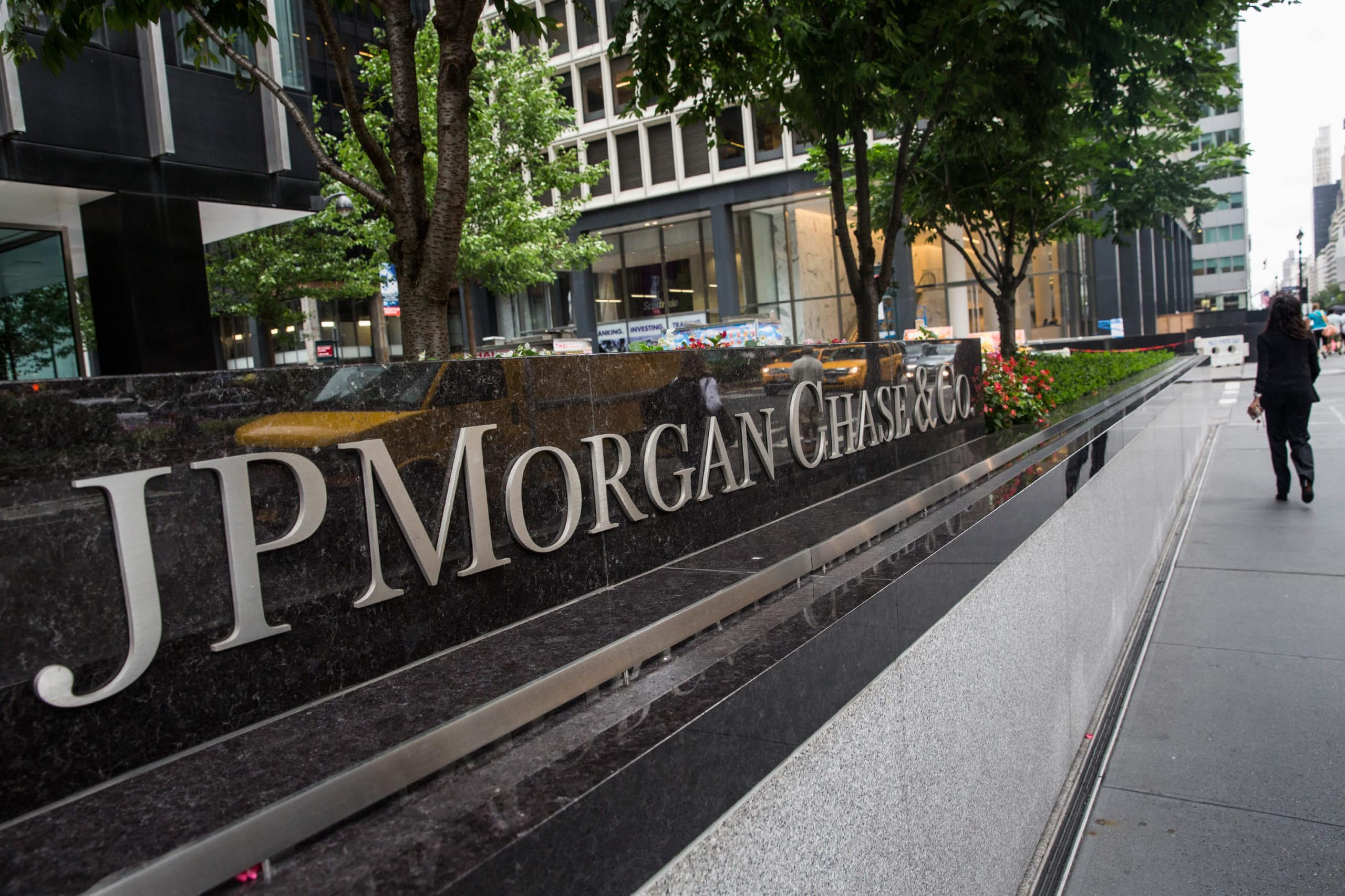 Banking Giant JPMorgan's Quorum Will Tokenize Gold Bars